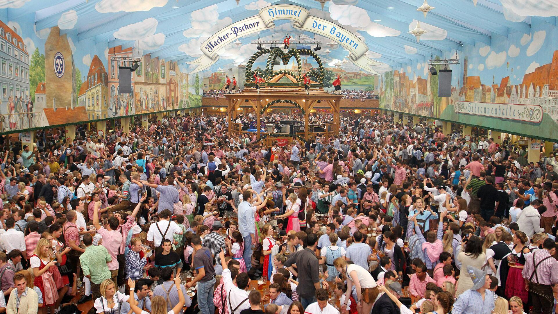 Oktoberfest, Munich, Germany | Healthy Living + Travel