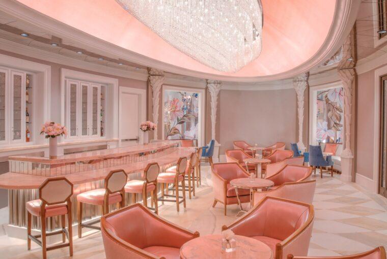 Pink Tea Room, Hotel Bennett, Spas of America