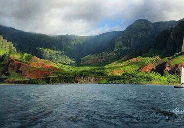 Discover the beauty of Kauai's Napali Coast, Healthy Living + Travel