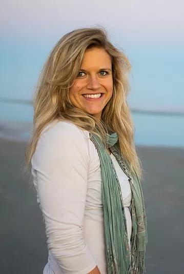 Kelly Stoinski, Spas of America